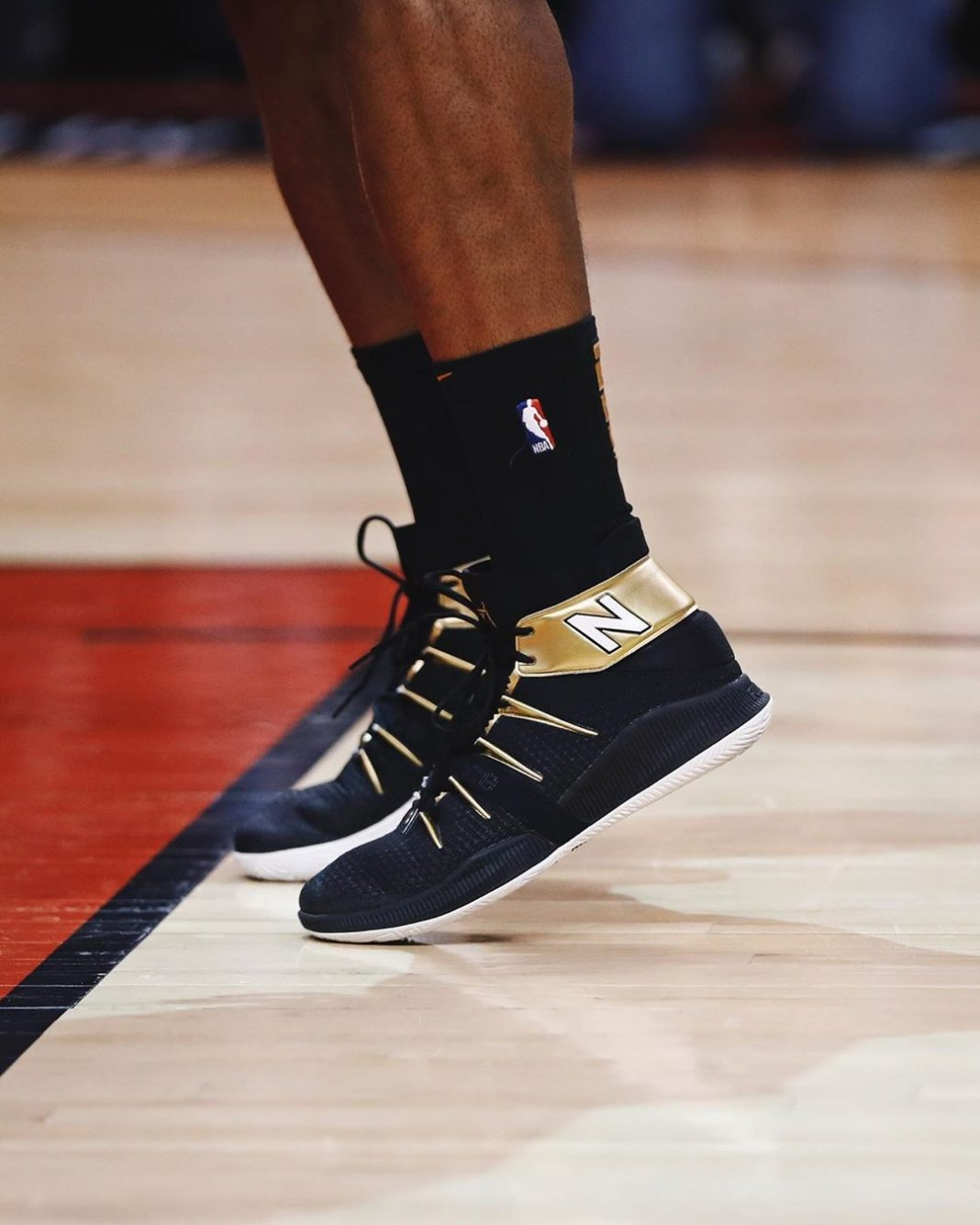 Kawhi Leonard wearing the trophy gold @nbhoops OMN1S for Game 1 of the NBA Final...